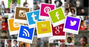 Social logos on polaroid